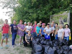 Субботник по уборке тольяттинского леса
